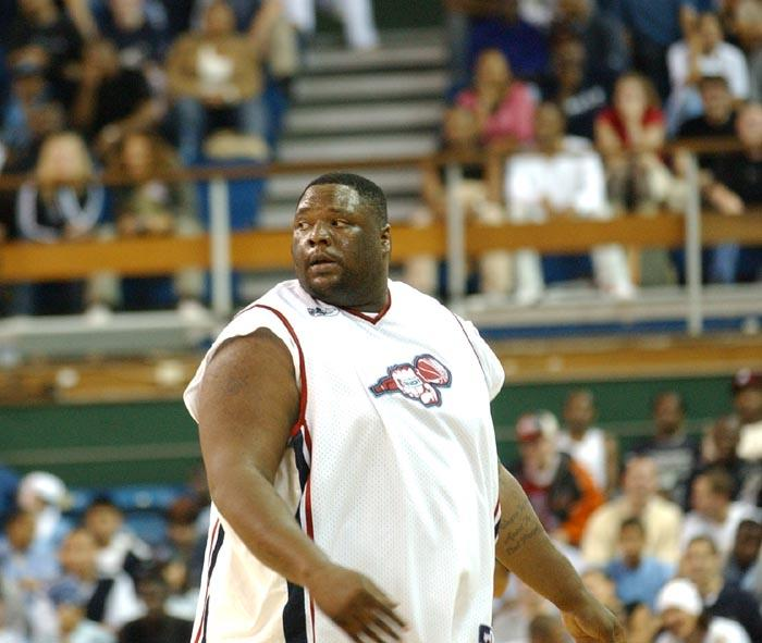 Φόρος τιμής στον μπασκετμπολίστα των διακοσίων κυβικών