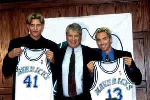 DALLAS - JUNE 29:  Dirk Nowitzki #41, head coach Don Nelson and Steve Nash #13 pose for a photo as they are introduced to the Dallas Mavericks during a press conference on June 29, 1998 at Reunion Arena in Dallas, Texas. NOTE TO USER: User expressly acknowledges and agrees that, by downloading and or using this Photograph, user is consenting to the terms and conditions of the Getty Images License Agreement. Mandatory Copyright Notice: Copyright 1998 NBAE (Photo by Carolyn Herter/NBAE via Getty Images)